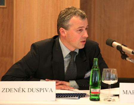 DZ Kulatý stůl - Zdeněk Duspiva