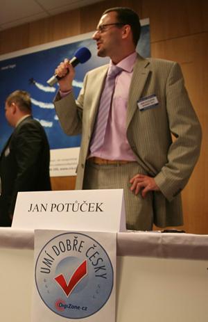 DZ Kulatý stůl - Jan Potůček