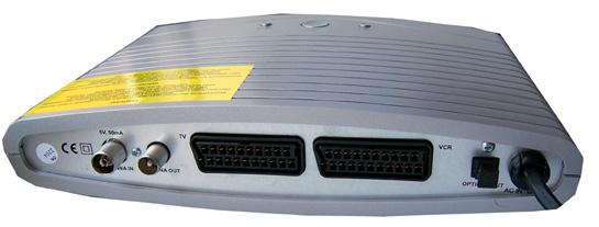 GoGEN DVB 930 T zezadu