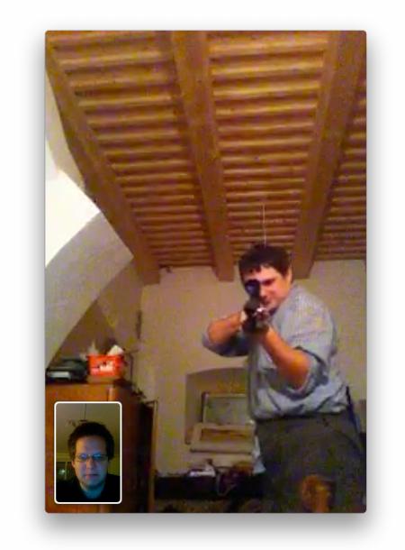 facetime - screenshot gun