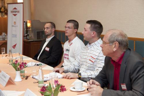 Účastníci panelové diskuze - Klub WebTop100
