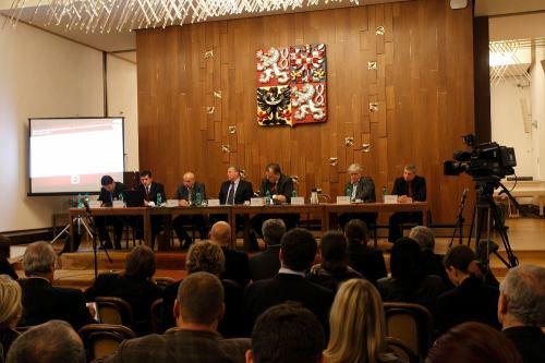 PSP ČR, 13.1.2011 - seminář o reklamě v ČT