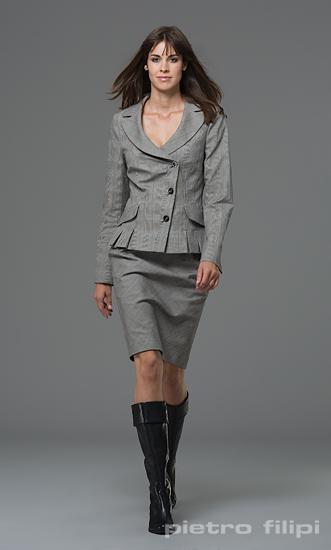 Ženy v businessu  co se bude nosit na podzim a v zimě  - Podnikatel.cz d36afdc0b9